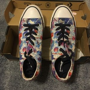 CONVERSE Purple, Blue and Red Flowers